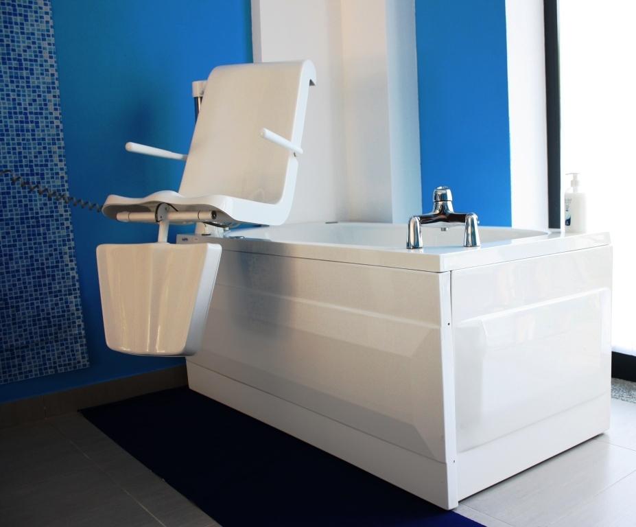 Vasche Da Bagno Per Disabili : Vasche per disabili a milano